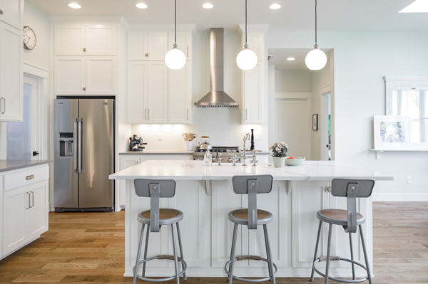 Riverdell Construction Modern Farmhouse kitchen (5)